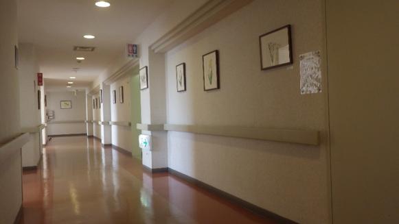 病棟の廊下の様子